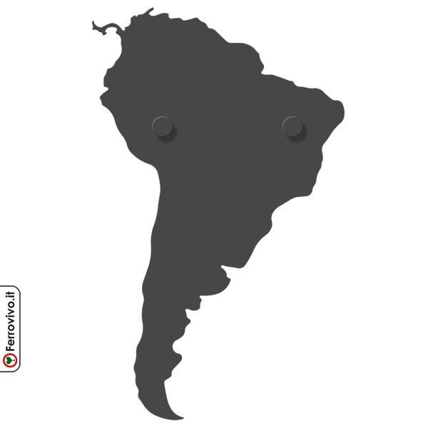 America Latina appendiabiti da muro